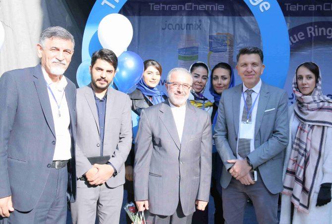 برگزاری کمپین حلقه آبی توسط شرکت داروسازی تهران شیمی در سمینار روز جهانی دیابت در مجتمع بیمارستان امام خمینی (ره)
